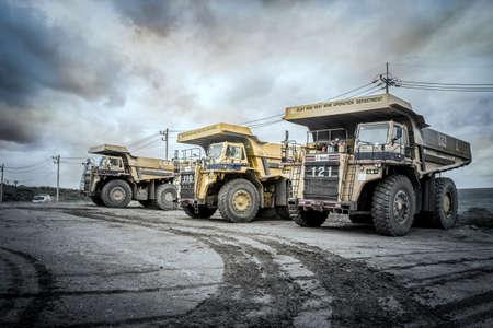 tons: Truck 85 tons of lignite mining Moh, Lampang, Thailand, October 23, 2015. Stock Photo