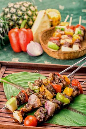 Carne asada con verduras, barbacoa