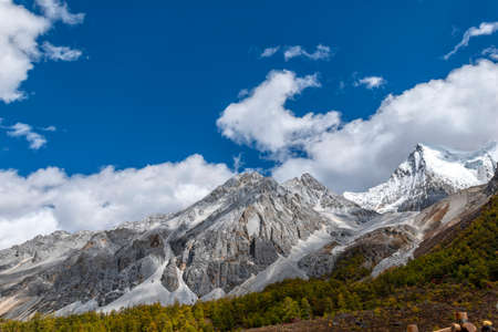 The last Shangri la, Daocheng-yading, Beautiful Scenic of Yading Nature Reserve, Daocheng , Sichuan, China. 版權商用圖片