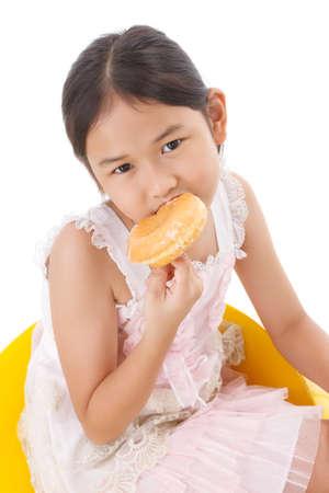 obesidad infantil: retrato de la chica con el bu�uelo