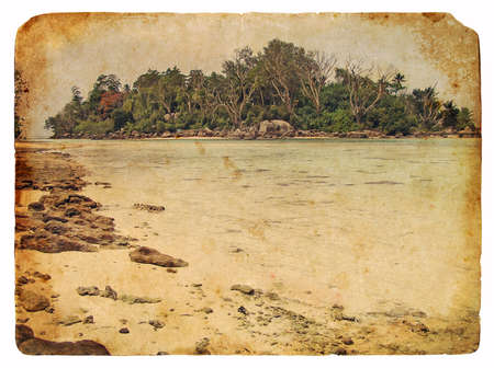 Tropical landscape, Seychelles. Old postcard, design in grunge and retro style Banque d'images