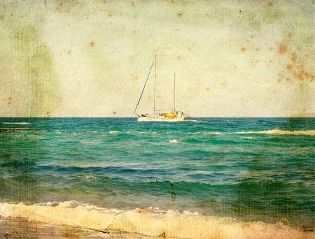 Jacht op zee. Oude ansichtkaart, design in grunge en retro stijl