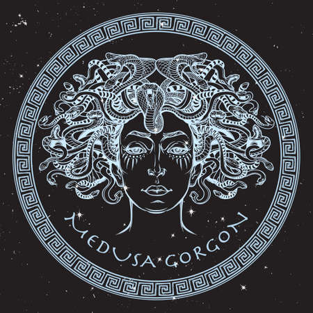 Medusa Gorgon. Starożytny grecki mitologiczny stwór z twarzy kobiety i węża włosy. Legendarne zwierzę. Koncepcja Halloween. Ręcznie rysowane szkic kompozycji na nightsky BG. ilustracji wektorowych. Ilustracje wektorowe