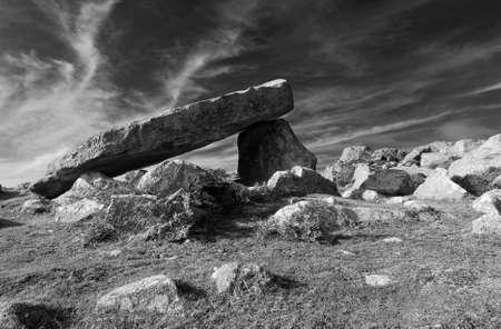 pembrokeshire: Coetan Arthur dolmen, ancient burial site near St Davies Head, Pembrokeshire