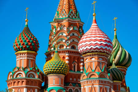 Architecture of St Basil Cathedral on the Red Square in Moscow, Russia. Orthodox church against blue sky in sunny day. Main tourist destination 写真素材 - 122531486