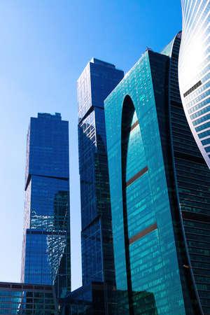 Moskwa, Rosja-1 maja 2019: Nowoczesne wieżowce ze szklanymi fasadami w Moskwie, International Business Center w słoneczny dzień