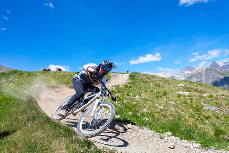 descent with mountain bike on a trail in the mountains Reklamní fotografie