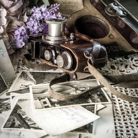 vintage still life with camera Foto de archivo