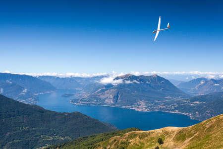 glider flight above Lake Como (IT) Archivio Fotografico