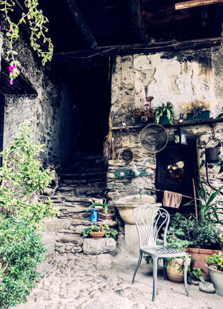 ancient rural house of Valtellina (IT) Banque d'images - 143520294