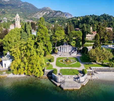 Tremezzo - Lake Como (IT) - Aerial view of the Mayer Park Banque d'images - 143520489