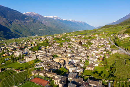 Ponte in Valtellina (IT), Aerial view of the town and the valley