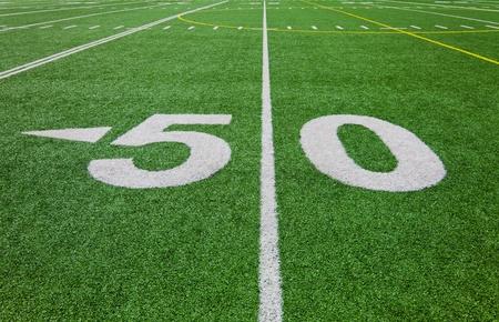 50 ヤード ライン - フットボール競技場