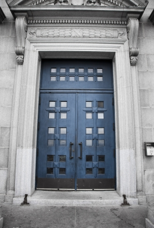 oratory: St-Joseph Oratory, blue door