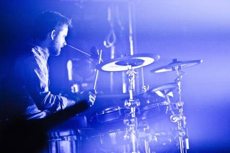 MONTREAL, QUEBEC / CANADA, 9 MAY 2013: Draginette, composto da cantautrice Martina Sorbara, il bassista e produttore Dan Kurtz e il batterista Joel Stouffer. in concerto a Montreal presso il National.