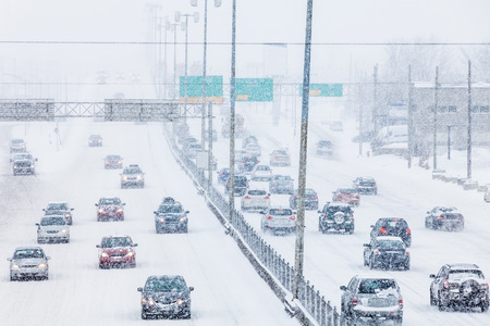 Rush Hour - Blizzard on the Road and bad Visibility