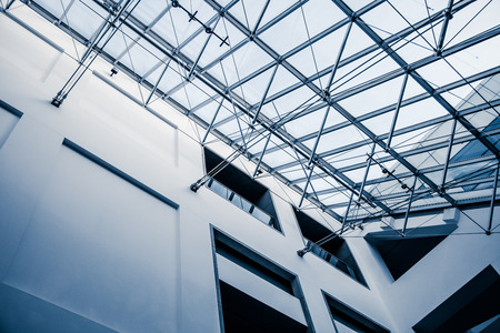 Modern Architectural Skylight Structure from Indoor a Building Редакционное