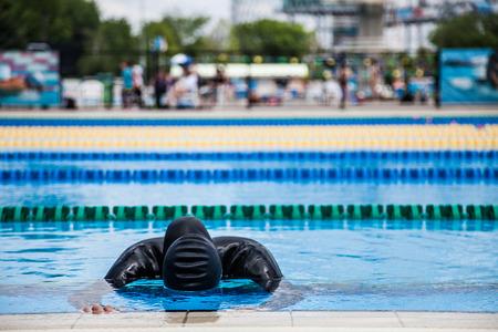 apnoe: Freediver Leistung w�hrend eines Static Apnea mit angehaltenem Atem und nicht bewegen