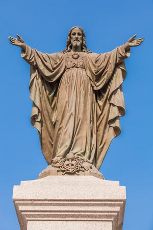 屋外オープン腕のイエス ・ キリスト像