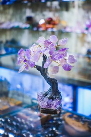Precious Amethyst Stone Tree in a Jewelry Commerce 版權商用圖片