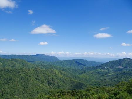 mountain with blue sky at Khao Kho, Phetchabun, Thailand Banque d'images