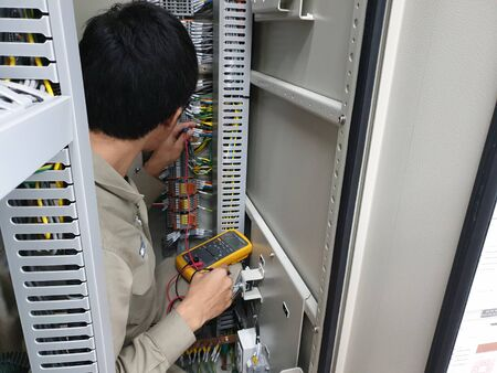 Electrical measurement for PT loop test