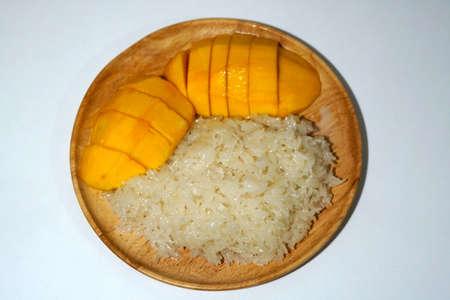 Thai sweet sticky rice with mango.
