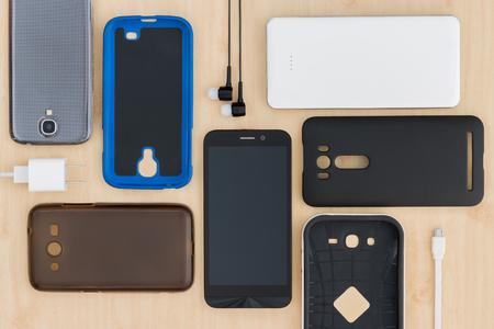 Collection téléphone portable, smartphone et accessoires pour le fond Banque d'images - 55375280
