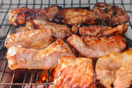 belly pepper: roasted pork on the grill.