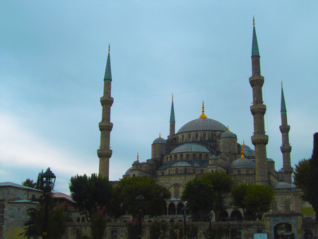 sultan: View of the Sultan Ahmed Mosque (Blue Mosque), Istanbul, Turkey