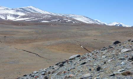 Earthquake crack in the mountains Standard-Bild