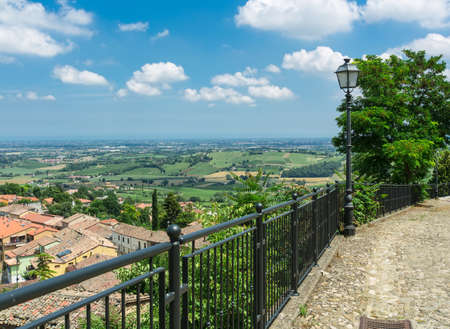 san quirico d'orcia: View province Italy, and the Adriatic Sea on the horizon