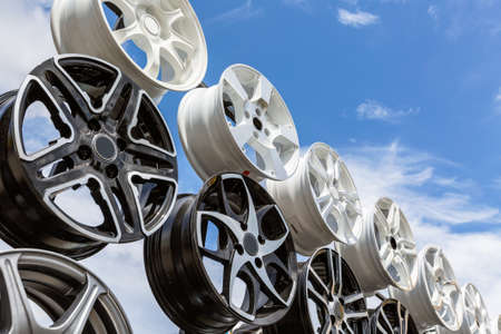 alloy: Automobile drives, aluminum, alloy, horizontal von