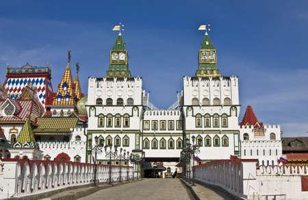 izmaylovskiy: Izmaylovskiy vernisage in Moscow, wooden architecture.