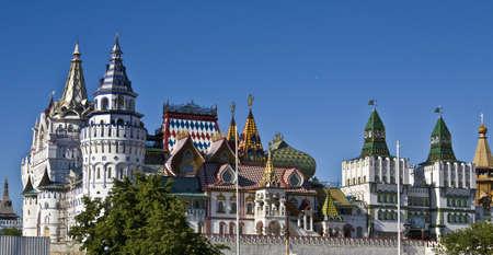 izmaylovskiy: Moscow, vernisage Izmaylovo (Izmaylovskiy) - wooden architecture, exhibition and fair of crafts, famous touristic object.