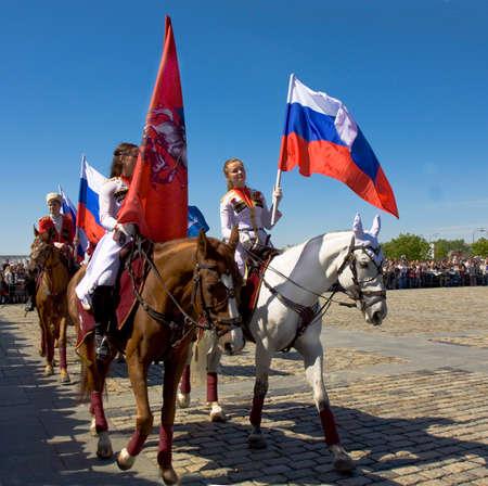 cavalryman: MOSC� - 09 de mayo 2014 espect�culo de caballer�a en la colina Poklonnaya memorial dedicado a las vacaciones de la Victoria d�a de la victoria en la Segunda Guerra Mundial, los participantes Presidente regimiento de caballer�a y de la escuela de caballer�a Kremlin
