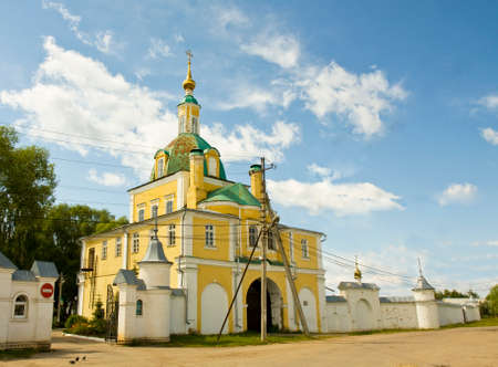 saint peter: Gate church of Saint Peter and Paul in Saint Nicholas convent in town Pereslavl - Zalesskiy, Russia.
