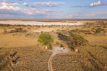 Campsite at Baines Baobab from above Stockfoto