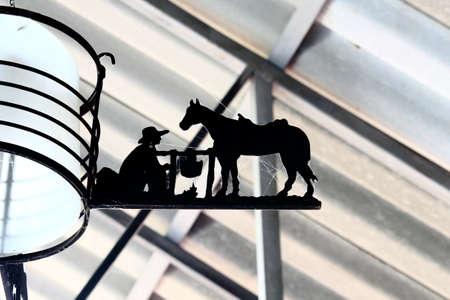 silueta hombre: Silueta de caballo y un hombre, decoraci�n de la casa