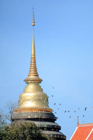 famous place: Golden Pagoda At Prathat Lampang Luang, Famous Place In Thailand
