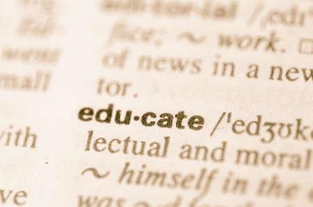 definicion: Definici�n de la palabra educar en el diccionario