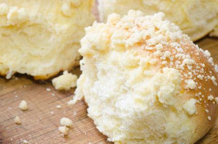 levadura: Primer plano de pastel de levadura fresca
