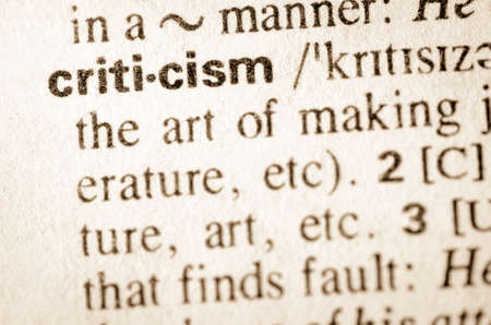 Definition of word criticism in dictionary Standard-Bild