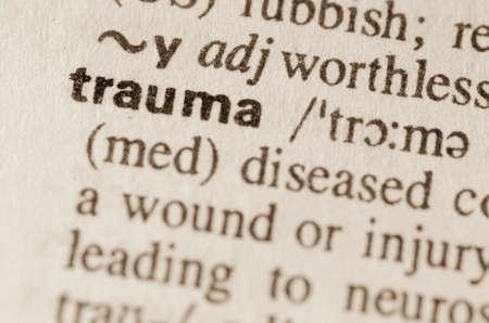 Definitie van het woord trauma in woordenboek
