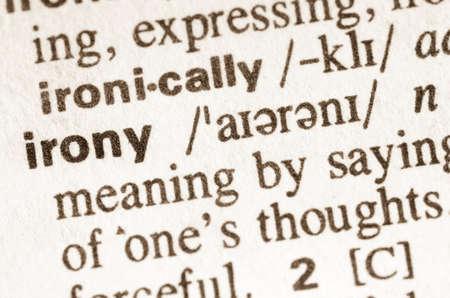 Definitie van woord ironie in woordenboek Stockfoto