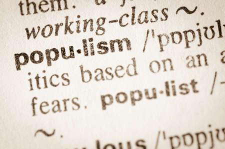 Definitie van het woord populisme in woordenboek Stockfoto