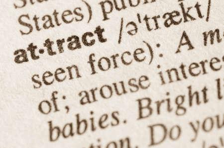 definicion: Definici�n de la palabra en el diccionario de atraer Foto de archivo