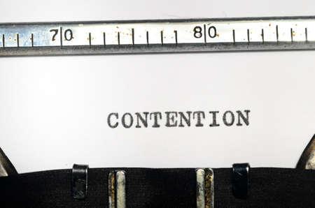 teorema: palabra contenci�n mecanograf�a en una m�quina de escribir vieja