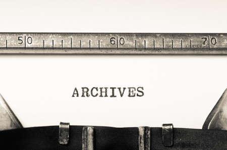 registros contables: archivos Word, escrito en una vieja m�quina de escribir