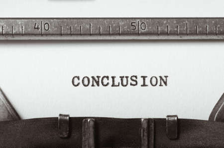 woord conclusie getypt op oude typemachine